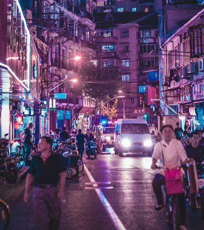 Na China serviço de crédito impede viagem e diminui velocidade da internet de devedor
