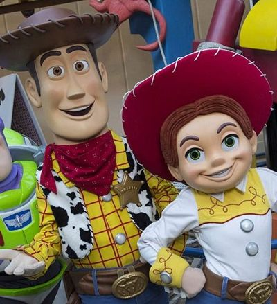 Fotos inéditas mostram parque totalmente dedicado ao 'Toy Story' na Disney