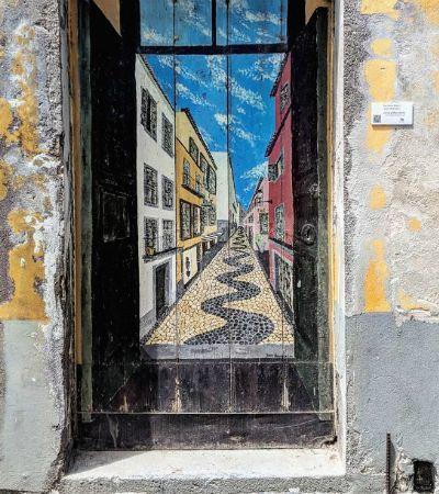 Portas das casas na Ilha da Madeira são uma galeria de arte a céu aberto