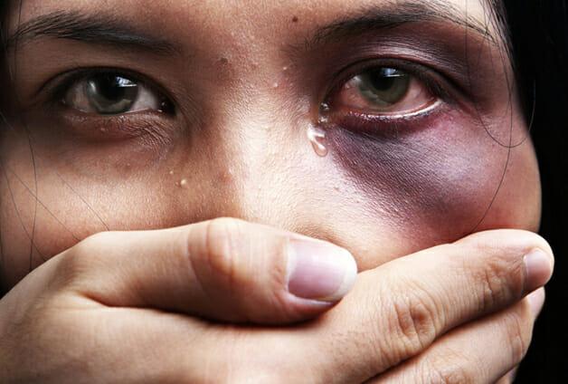 Resultado de imagem para agressão a mulher