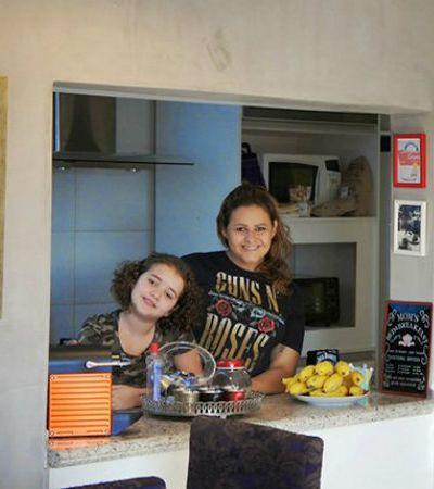 Minha Casa é Hype #8: família usa objetos coloridos para dar nova vida a apartamento em Brasília