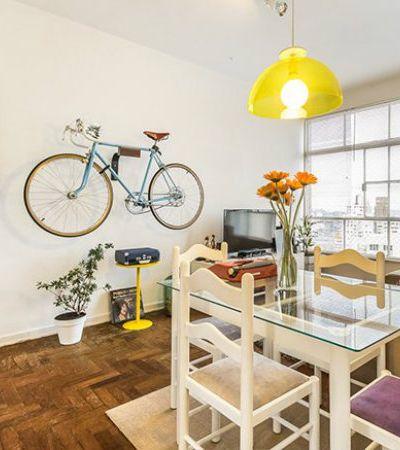 Minha Casa é Hype #15: o designer apaixonado por pedalar que vive com seus gatos Charles e Chaplin