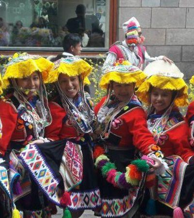 Fomos a Cusco na semana mais festiva da cidade conferir um desafio de vídeo mapping