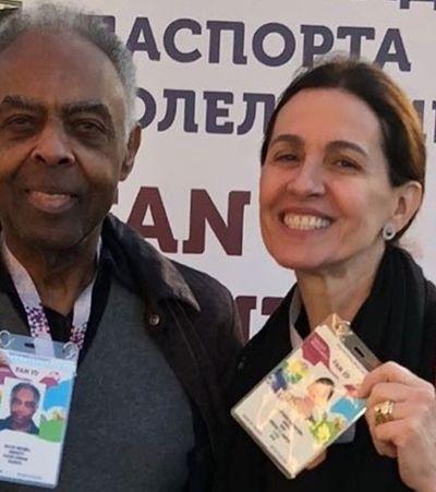 Após retenção de músicos no aeroporto, Gilberto Gil tem show cancelado em Moscou