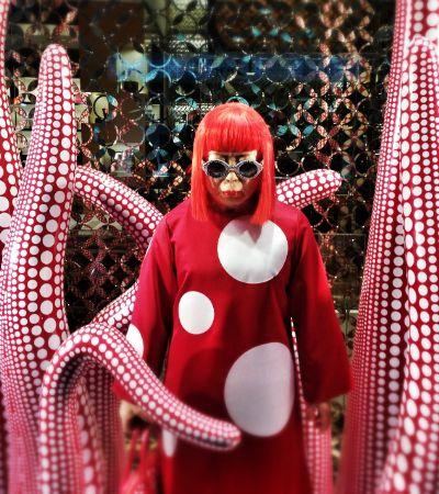 Artista Yayoi Kusama vai estrear um novo – e maior – espelho infinito em Londres