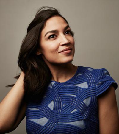Ex-bartender de origem latina pode se tornar a mais jovem no Congresso dos EUA
