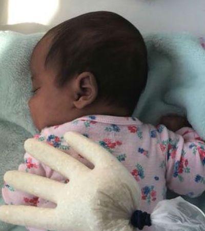 Mãe inventa tática criativa para fazer bebê com cólica parar de chorar