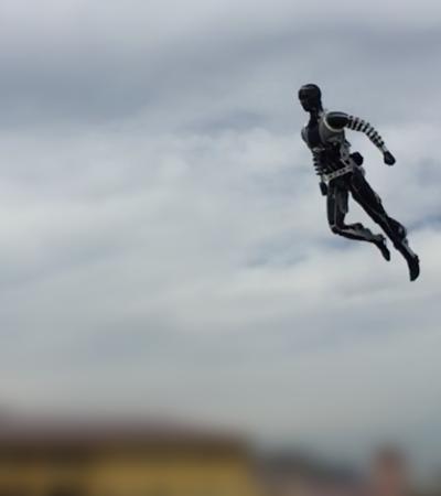 'Westworld' da vida real? Robô-dublê da Disney faz acrobacias e até poses de herói