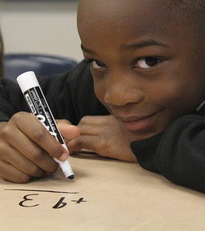 Apenas 1% dos personagens de livros infantis são negros ou asiáticos