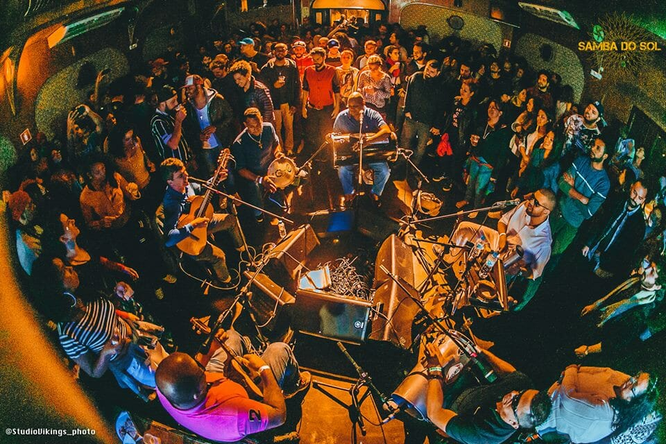 Samba do Sol ocupa a Casa das Caldeiras com muita música