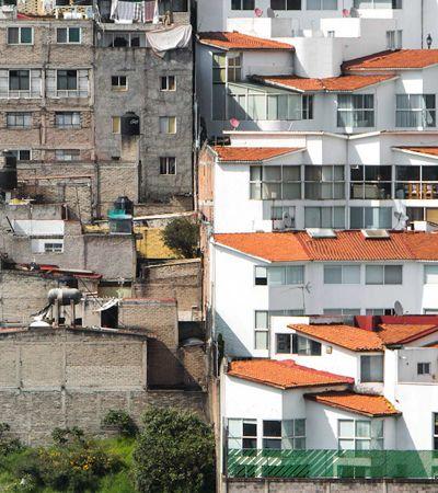 10 fotos chocantes revelam a extrema desigualdade entre ricos e pobres 'parede com parede'