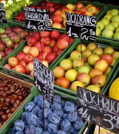 Uma a cada três frutas é desperdiçada simplesmente por ser 'feia', aponta estudo