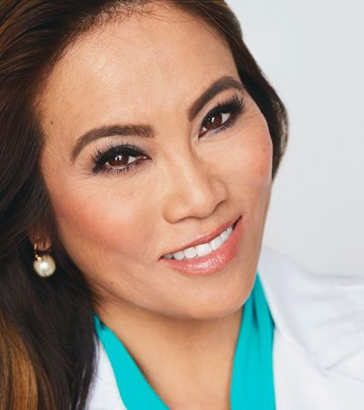 Dr. Pimple Popper, a médica espremedora de espinhas do YouTube, ganha reality show na TV