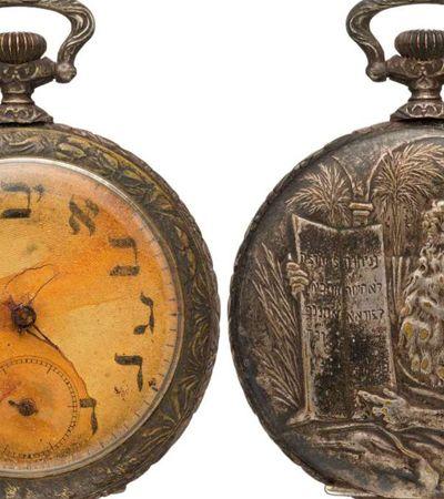 Relógio de bolso que esteve no Titanic é encontrado e leiloado por R$ 240 mil