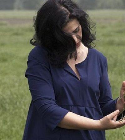 Perseguindo a inovação, ela descobriu como transformar cocô de vaca em roupas