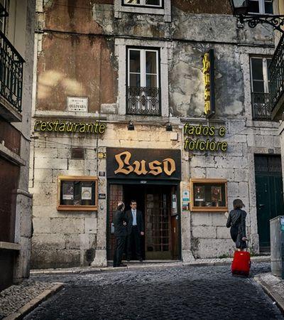 Brasileiros desiludidos pedem ajuda para voltar de Portugal