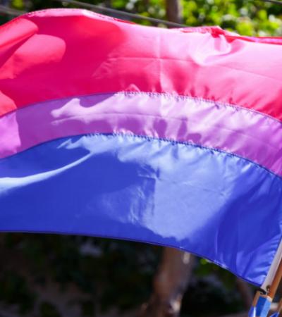Visibilidade bi: mulheres contam como é 'sair do armário' como bissexual