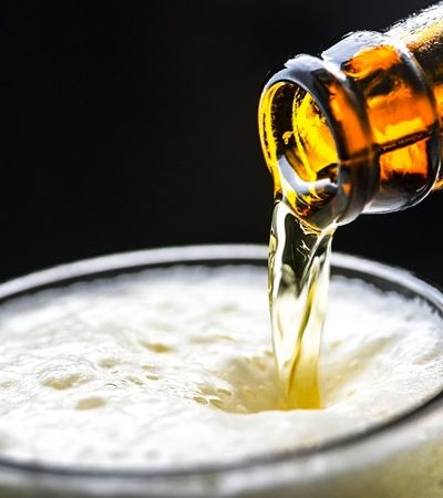 Sextou: Está rolando distribuição de cerveja de graça em SP. Corre lá!