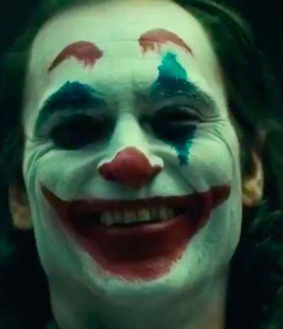 Visual macabro de Joaquin Phoenix como Coringa deixou a internet com medo