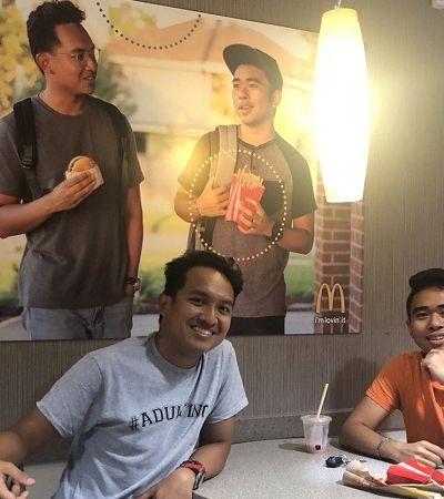 Eles criaram um poster deles mesmos para ensinar representatividade ao McDonald's