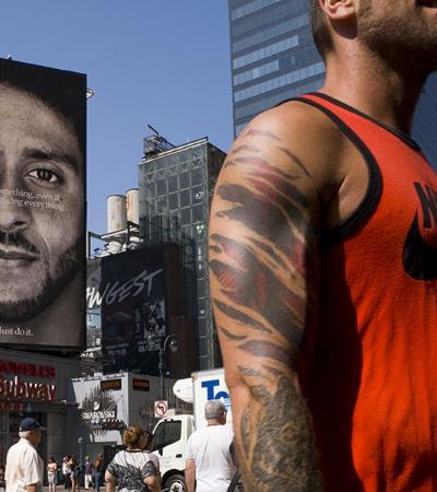 Vendas da Nike crescem 31% após propaganda com atleta ativista 'barrado' na NFL
