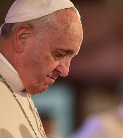Papa pede fim de armamentos e brasileiros se revoltam contra ele