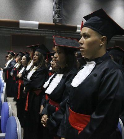 No Brasil, mulheres com ensino superior ganham 35% a menos, aponta pesquisa