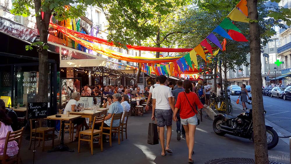 Ruas do bairro Les Marais todas decoradas com as cores do arco-íris por conta dos Gay Games - Foto: Rafael Leick / Viaja Bi!