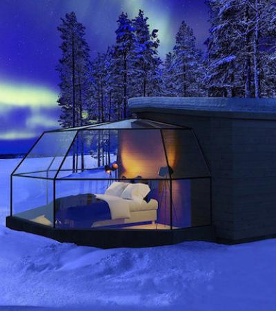 Sorte é poder ver a aurora boreal em um iglu de vidro na Finlândia