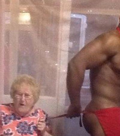 Asilo atende pedido de idosa de 89 anos e contrata gogo boys para servirem o jantar e quebrar a rotina