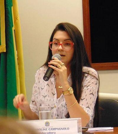 Deputada eleita pelo PSL cria canal para fiscalizar conduta de professores