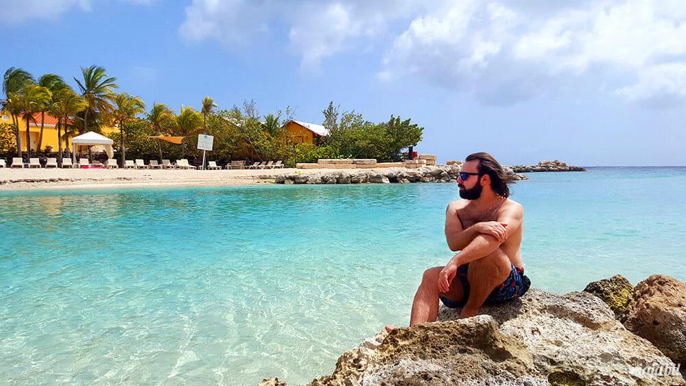 Tem como não ficar embasbacado com essa paisagem de Curaçao? - Foto: Rafael Leick/Viaja Bi!