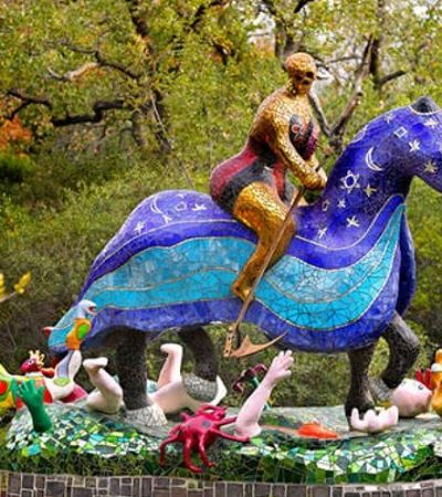 Jardim Tarô na Toscana tem imensas esculturas inspiradas nos arcanos