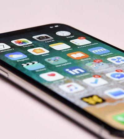Apple e Samsung são multadas por programar a 'morte' de seu smartphone; entenda