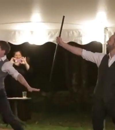 Pessoas que querem acabar com casamento gay deviam ver esta dança de noivos
