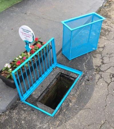 'Passa a água e fica a sujeira': Morador de Blumenau cria filtro para bueiro