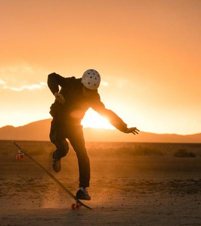 A maravilhosa compilação fotográfica que homenageia o universo do skate