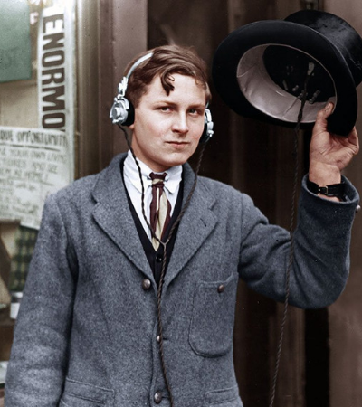 Em 1922, jovem de 18 anos foi o precursor do sistema de áudio sem fio que usamos até hoje