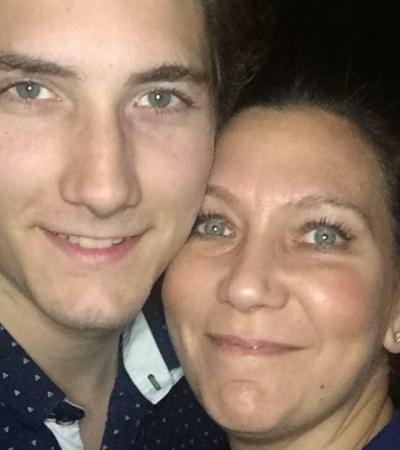 Homem escapa de 99 anos de prisão graças a uma selfie de sua mãe