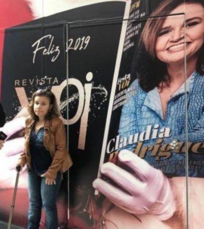 Claudia Rodrigues é impedida de tirar foto em painel estrelado por ela mesma