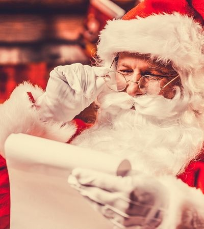 Professora conta que Papai Noel não existe e mãe fica revoltada: 'Contou que pais compram presentes'