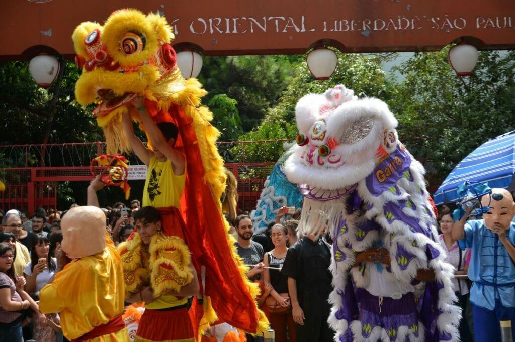 Dança do Dragão na Festa do Ano Novo Chinês 2018, na Liberdade, região central da cidade