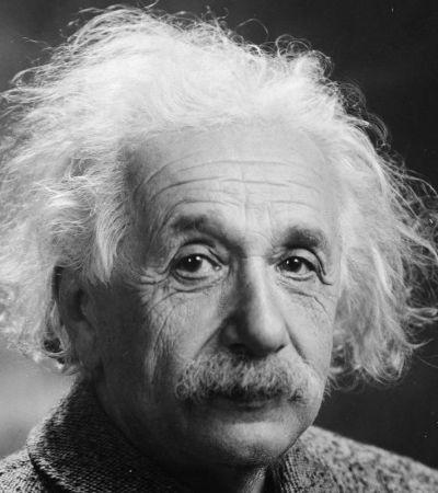 Carta em que Einstein diz que Deus é 'fraqueza humana' é leiloada por R$ 11 milhões