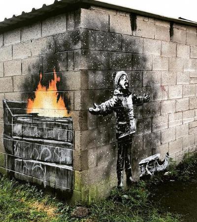 Banksy ataca novamente dessa vez na cidade mais poluída do Reino Unido
