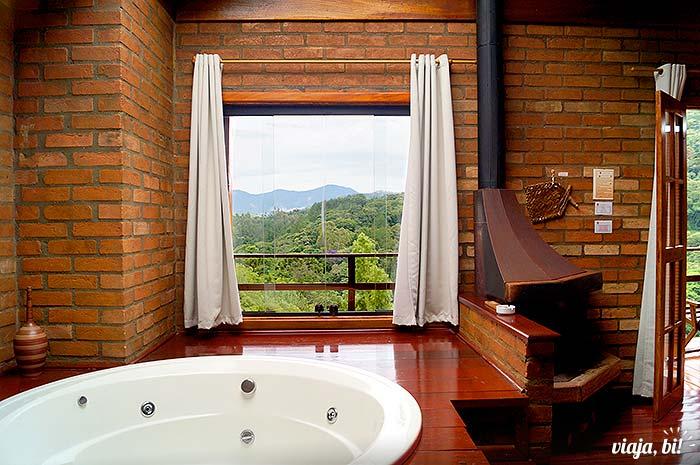 Vista do quarto em pousada em Santo Antônio do Pinhal – Foto: Emerson Lisboa / Viaja Bi!
