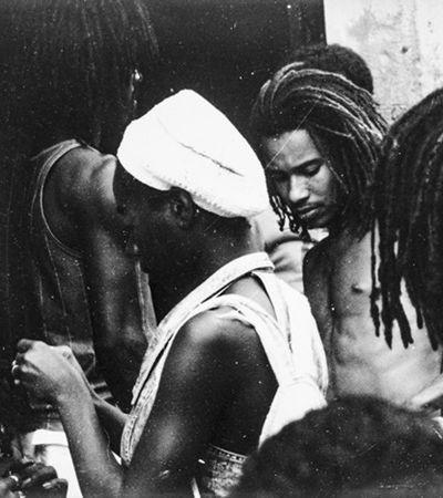 Com 30 mil imagens da cultura afro-baiana, fotógrafo vê acervo ameaçado