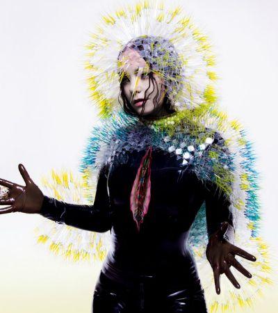 Elogiada exposição Björk Digital traz mistura de realidade virtual e arte ao Brasil