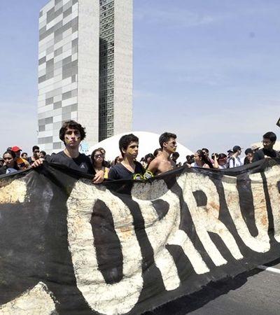 ACABOU A CORRUPÇÃO!! BC quer que bancos parem de vigiar transações de parentes de políticos