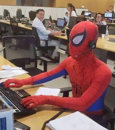 Em seu último dia no trabalho, bancário de SP vai vestido como Homem-Aranha