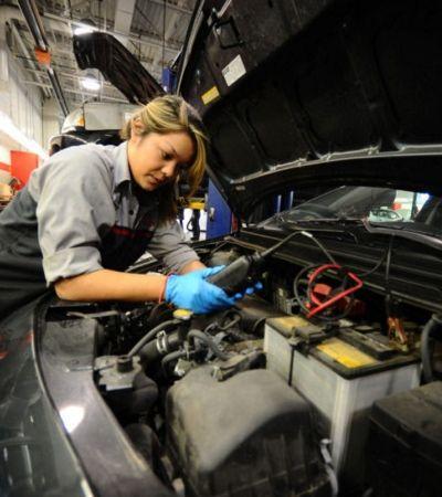 Sesc-SP cria curso gratuito de mecânica só para mulheres